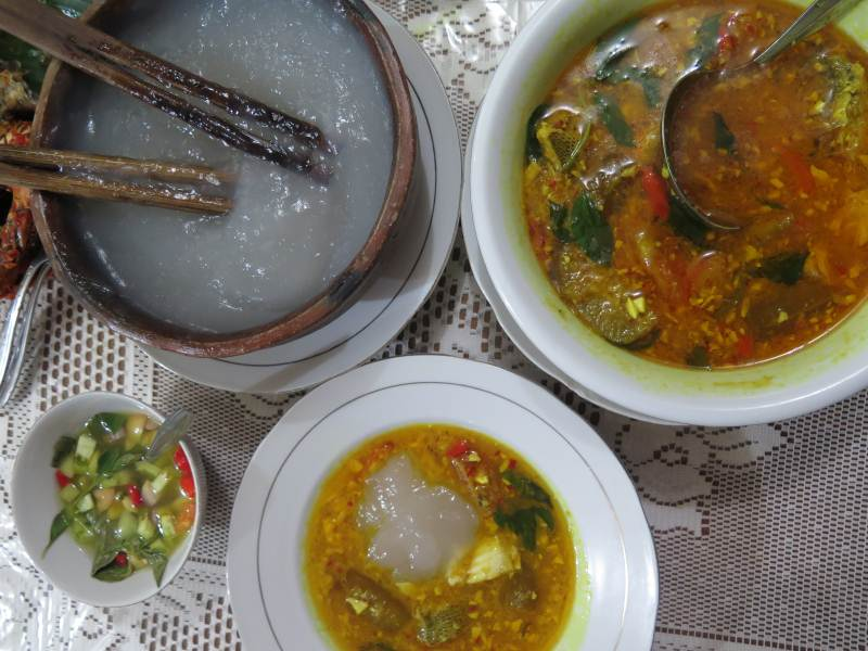Papeda with fish soup and samba at Sari Gurih